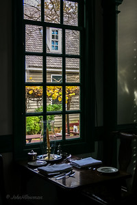 Interior, King's Arn's Tavern - Colonial Williamsburg