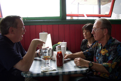 Dining Out Jakes Hamburgers 4/10/11