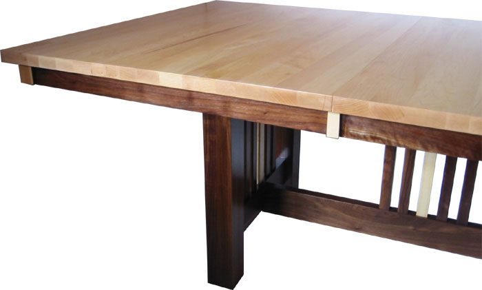 table-mixedwood-walnutmaple-side-500