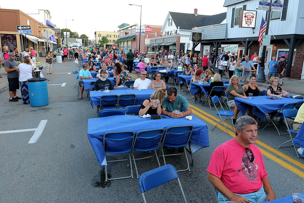 ". Leominster held its first-ever ""Dining Under The Stars!\"" event on Wednesday night. They closed down Central Street in Downtown Leominster and brought the restaurants and bars within the road closure out into the street for all to enjoy. SENTINEL & ENTERPRISE/JOHN LOVE"