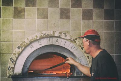 WoodFiredPizza0003_WB