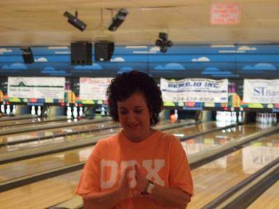 02-09 Caileanna bowling b'day 48