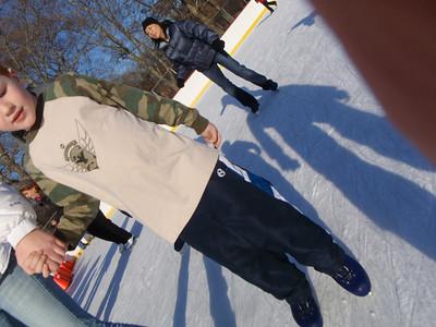 02-09 Kent's skating b'day 19