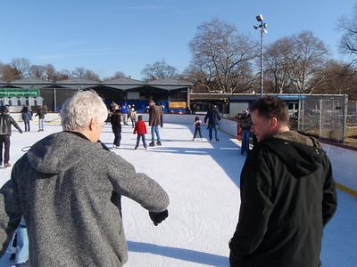 02-09 Kent's skating b'day 03