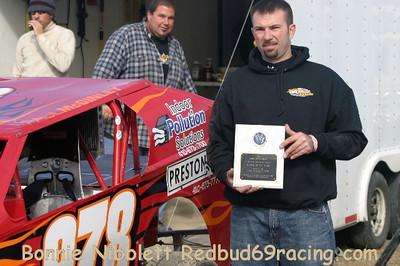 November 7, 2009 Redbud's Pit Shots Delaware International Speedway Champ Show