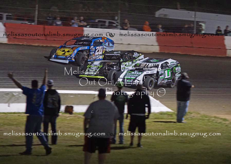 3 wide RT 9-28