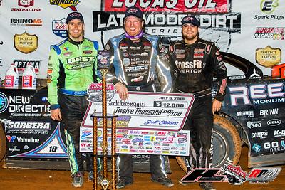 Josh Richards (1), Scott Bloomquist (C) and Brandon Overton (R)