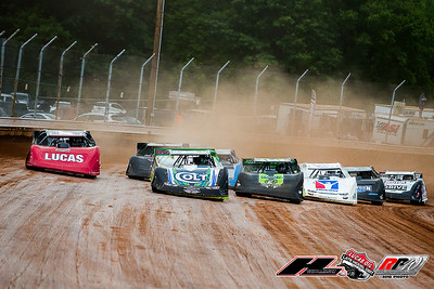 Josh Richards (1), Earl Pearson, Jr. (1), Jimmy Owens (20), Darrell Lanigan (14) and Kyle Bronson (40B)