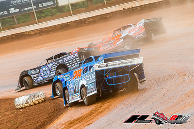 Scott Bloomquist (0), Mike Maresca (7MM), Dennis Erb, Jr. (28) and Hudson O'Neal (71)