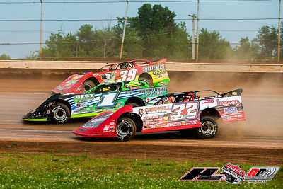 Bobby Pierce (32), Josh Richards (1) and Tim McCreadie (39)