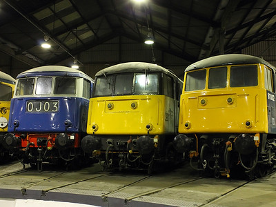 81002, 85101 & 83012 shiver in the cold of Barrow Hill Roundhouse