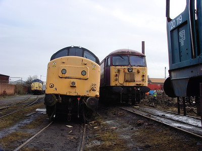 37221 and 56089 await their fate at CF Booth on the 14th February 2009