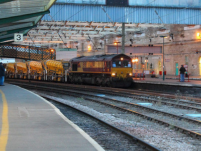 66134 passes through Carlisle with an HOBC on the 16th August 2013