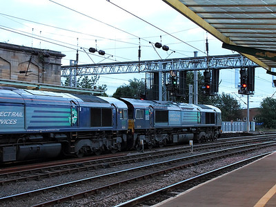 66424 & 66304 stand at Carlisle with 4M48 (Tesco Express) on the 16th August 2013