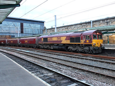 66090 ambles through Carlisle with 6E92 on the 16th August 2013