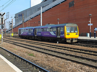 142090 bounces into Doncaster on the 14th March 2014