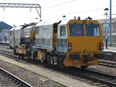 DR 77801 stands at Doncaster on the 14th March 2014