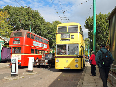 Traffic chaos, as Bournemouth 286 vies for road space with a Winchester MKIV Taxi Cab and London Transport 1201 waits for the call to action!