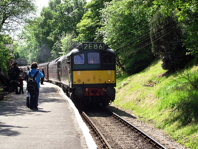 D7629 and 47715 await the tip at Haworth on the 21st May 2011