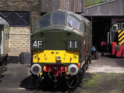 D6700 awaits it's next job at Haworth depot on the 21st May 2011
