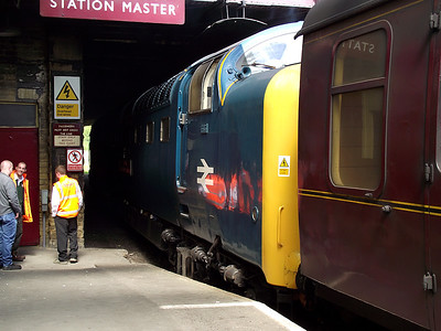 55019 stands at Keighley on the 21st May 2011