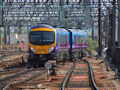 185114 makes for the turn back loop outside Manchester Piccadilly on the 22nd May 2012