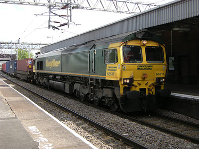 66517 waits for a crew change at Nuneaton on the 11th June 2009