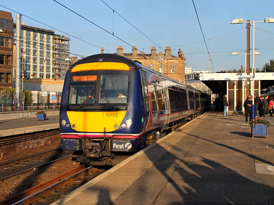 170403 leaves Haymarket on the 10th October 2012