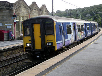 150271 stands at Keighley on the 29th August 2009