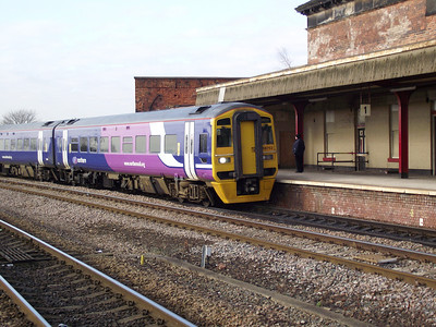 158752 arrives at Wakefield Kirkgate on the 29th January 2011