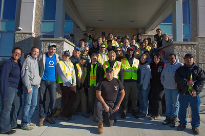 CNCS CEO Wendy Spencer with AmeriCorps members at the VRC in Brigantine, NJ. Corporation for National and Community Service Photo.