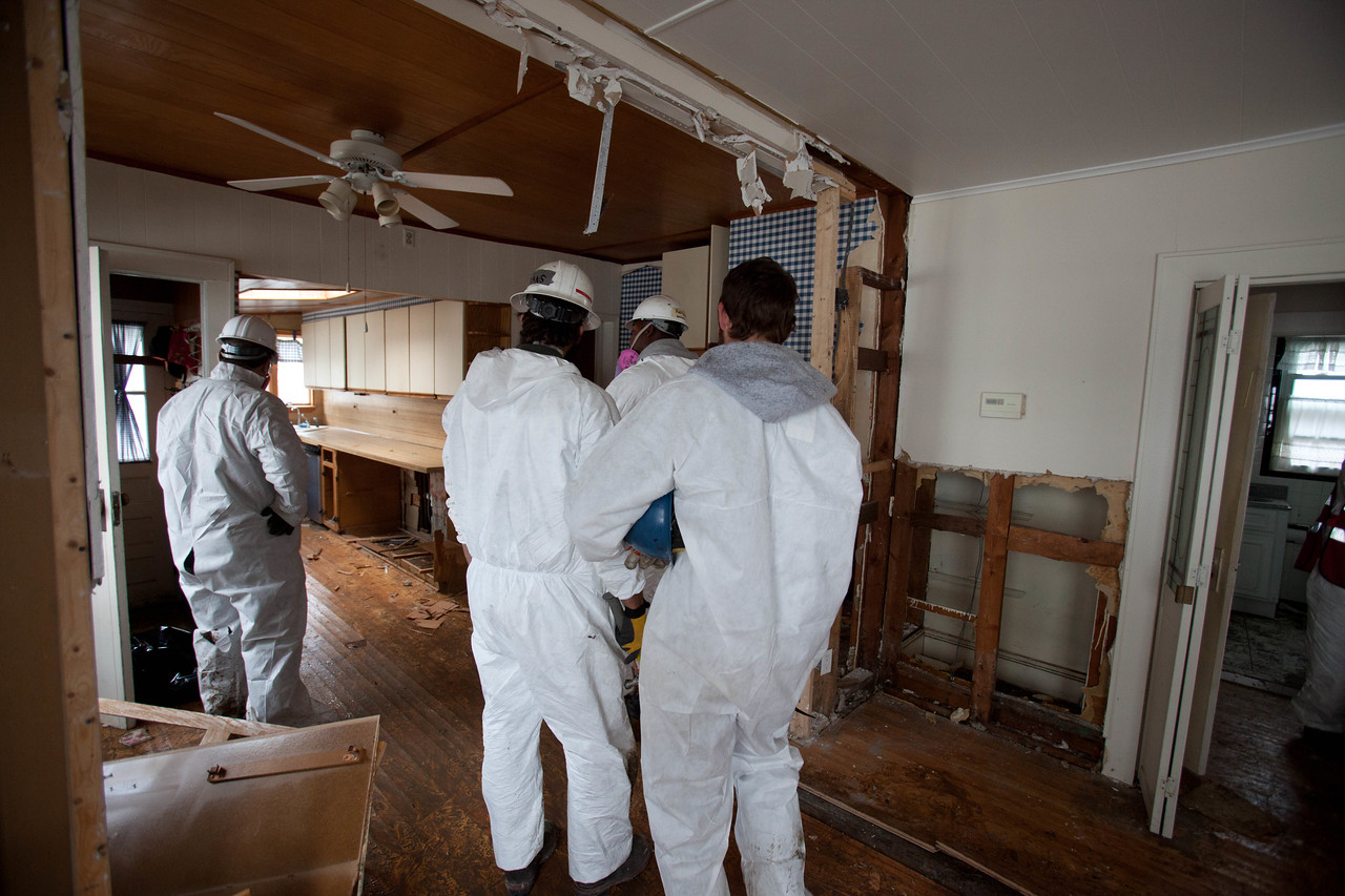 AmeriCorps members serving at a home in Belle Harbor, NY. Corporation for National and Community Service Photo.