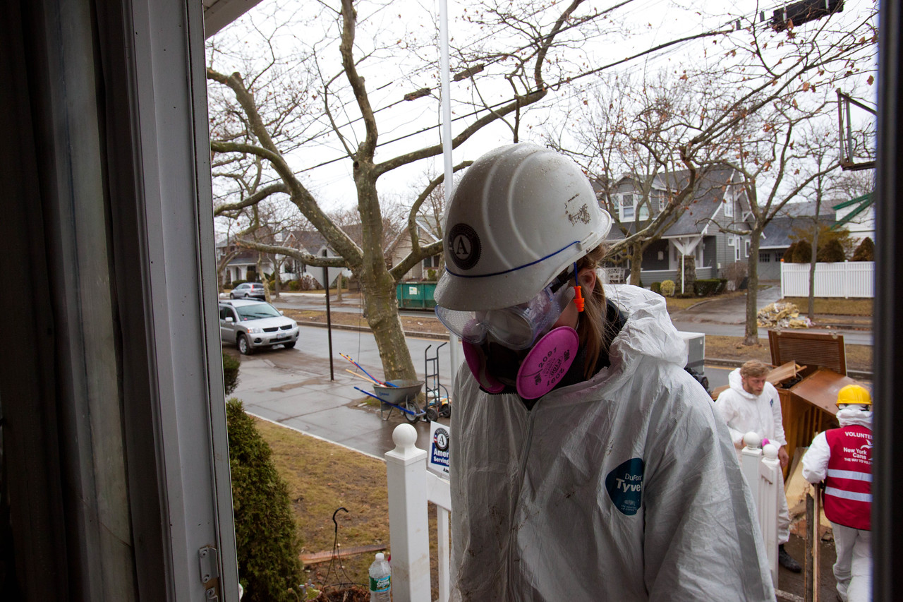 AmeriCorps member serving at a home in Belle Harbor, NY. Corporation for National and Community Service Photo.