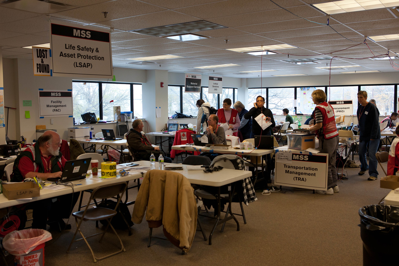 Volunteers at the Red Cross headquarters in North Brunswick Township, NJ. Corporation for National and Community Service Photo.