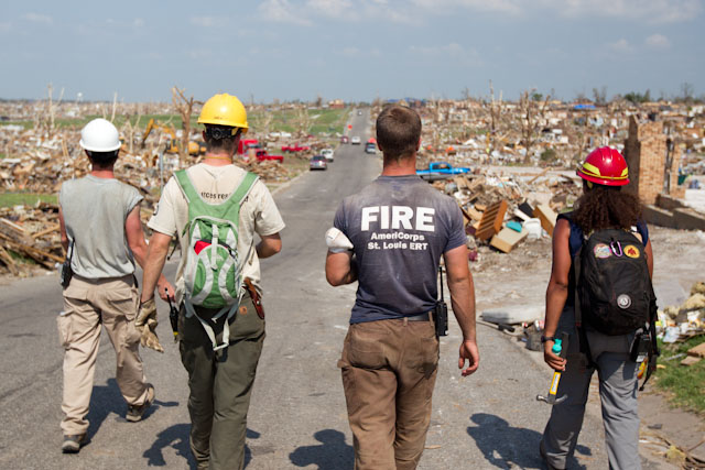 AmeriCorps members and volunteers help the community in Joplin, MO recover and rebuild after the devastating tornado in 2011. (Photo by Scott Julian, 2011)