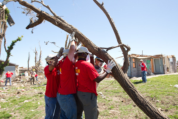 Kansas City Chiefs Volunteer With AmeriCorps in Joplin - July 2011