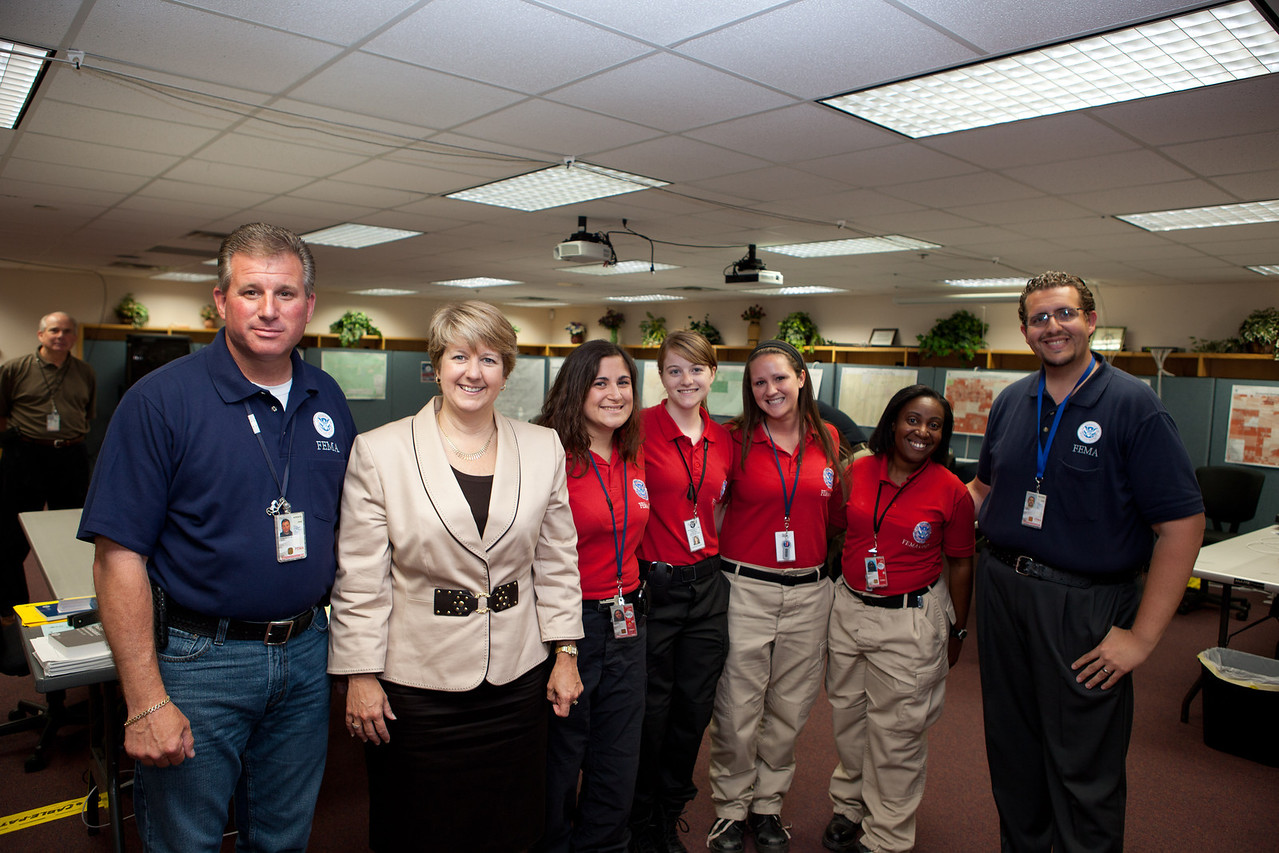 FEMA team members, FEMA Corps and CNCS, CEO Wendy Spencer. Corporation for National and Community Service Photo.