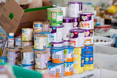 Canned goods for tornado victims - Tuscaloosa, Al 2011. Corporation for National and Community Service Photo.