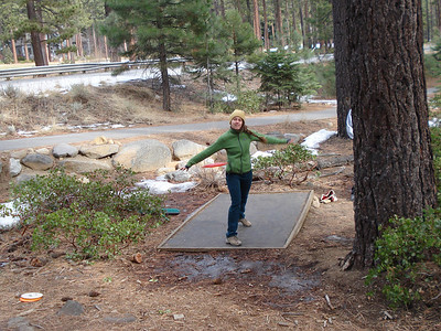 Disc Golf 01-08-2014 Incline Laura