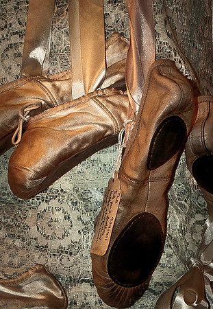 <center><h2>'A Dancers Memories #2'</h2> Oueen of Hearts Antiques, Milton, GA -- June 2010