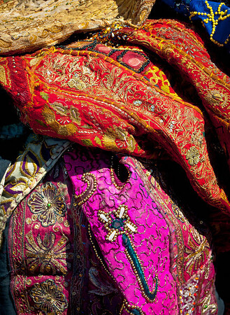 <center><h2>'Cloth from India'</h2> Scott's Antiques, Atlanta, GA</center>