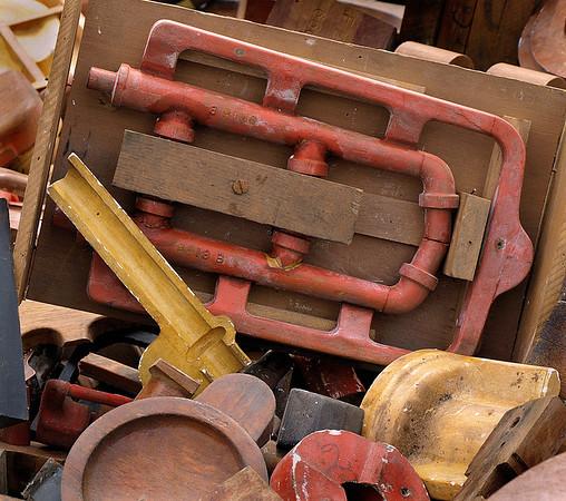 <center><h2>'Foundry Discards'</h2> Scott's Antiques, Atlanta, GA 9/09</center>