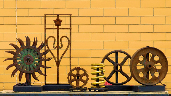 <center><h2>'Found Items'</h2>Scott's Antiques, Atlanta, GA</center>