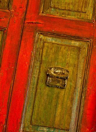 <center><h2>'Entry Red'</h2> Scott's Antiques, Atlanta, GA</center>