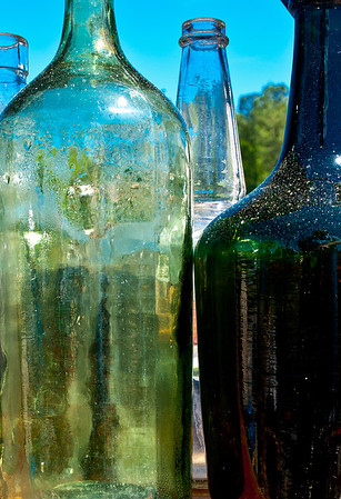 <center><h2>'Depression Bottles'</h2> Scott's Antiques, Atlanta, GA</center>