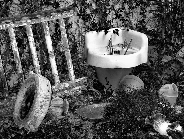 <center><h2>'The Sink'</h2> Fair Hope, AL</center>
