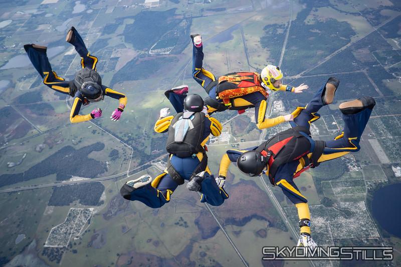 """<span class=""""skyfilename"""" style=""""font-size:14px"""">2019-12-31_skydive_lake_wales_0518</span>"""