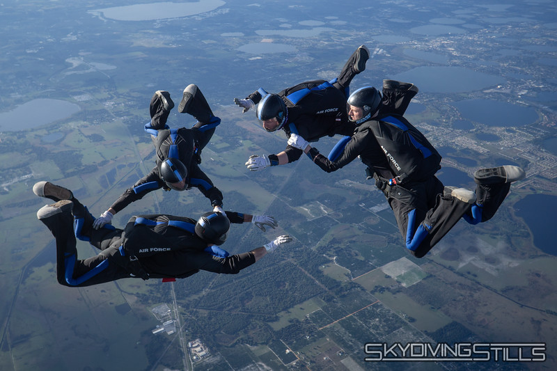 """<span class=""""skyfilename"""" style=""""font-size:14px"""">2019-12-31_skydive_lake_wales_0740</span>"""