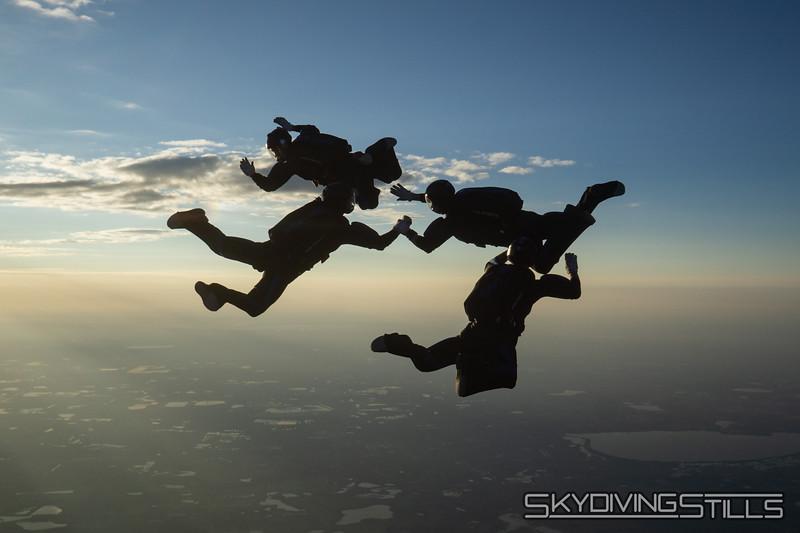 """<span class=""""skyfilename"""" style=""""font-size:14px"""">2019-12-31_skydive_lake_wales_0970</span>"""