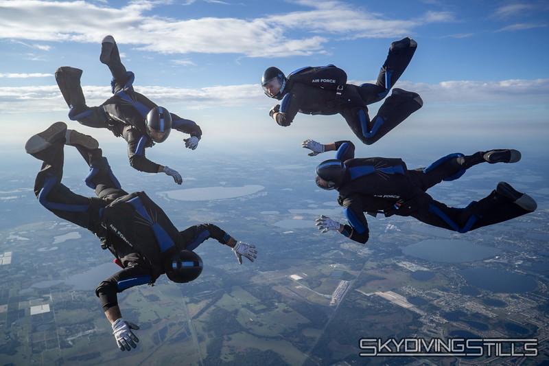 """<span class=""""skyfilename"""" style=""""font-size:14px"""">2019-12-31_skydive_lake_wales_0736</span>"""